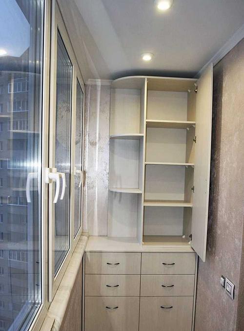 Шкафы на балконе дизайн цена