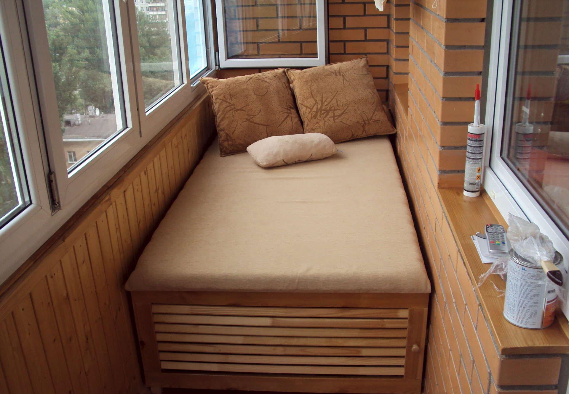 Кровать на балкон.