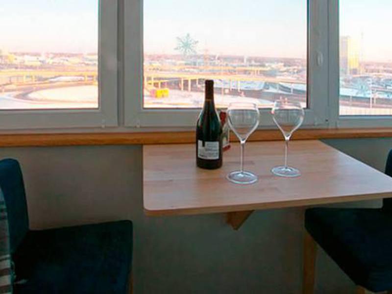Подвесной стол на балкон купить подвесной столик на балкон о.